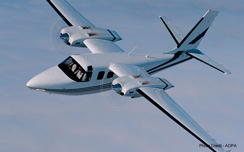 Twin Commander 500 | Photo Credits - AOPA